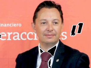 Carlos-Rojo-Macedo-Presentacion-de-Resultados-4T15