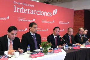 Carlos Rojo Macedo en la Presentacion de Resultados 4T-15