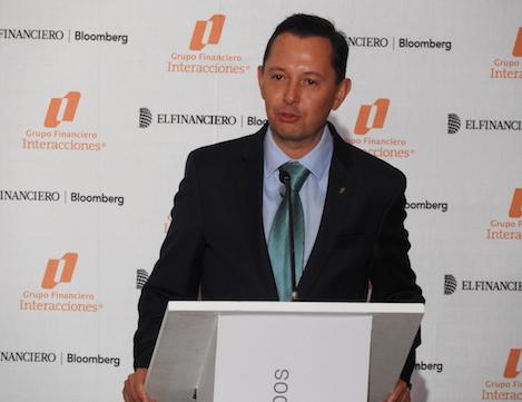 El Financiero TV – Carlos Rojo exhorta a los políticos y empresas trabajar por México en el foro Impulsando a México.