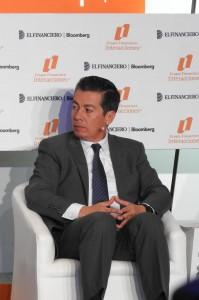 """Panel """"El ahorro como motor para impulsar el crecimiento"""" Tonatiuh Rodríquez Gómez"""