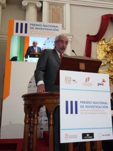 Premio-Finanzas-Estatales-Enrique Luis Graue